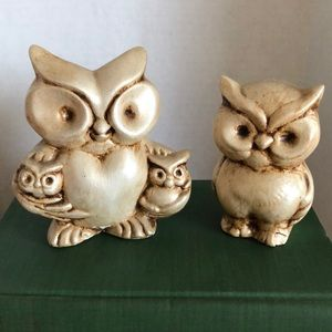 Vintage family of owls